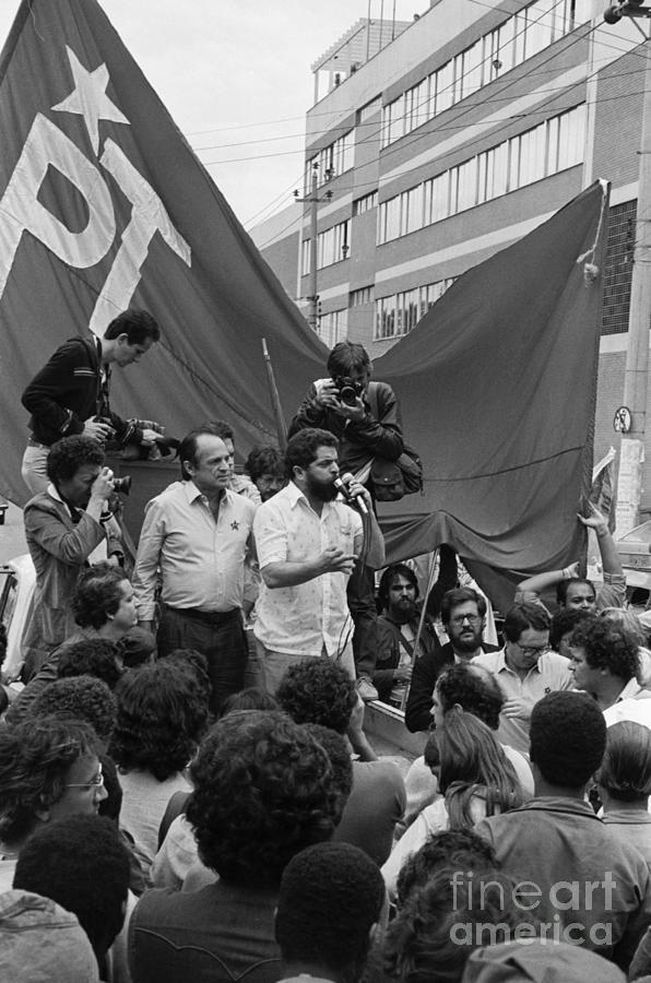 Labor Leader Lula Da Silva Speaks Photograph by Bettmann