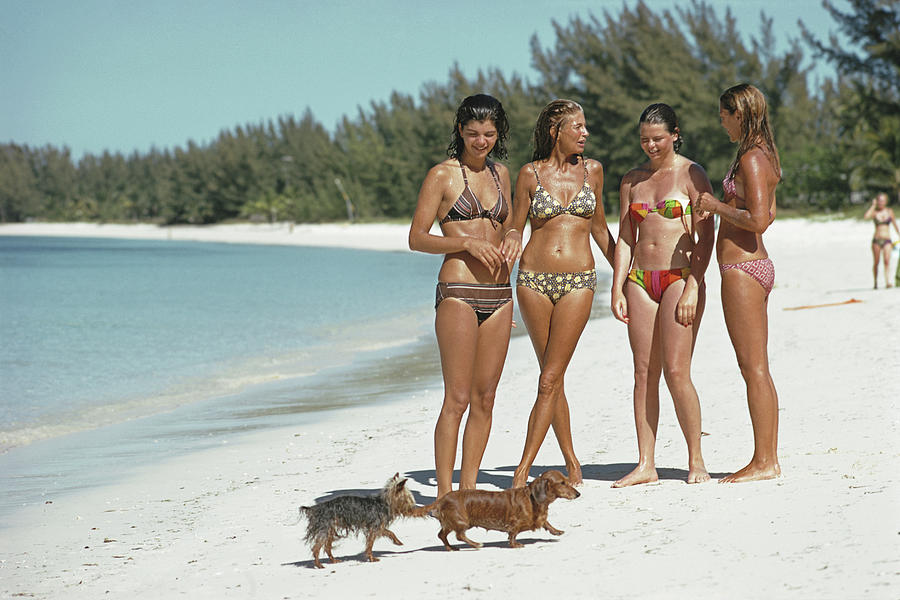 Ladies Of Lyford Cay Photograph by Slim Aarons