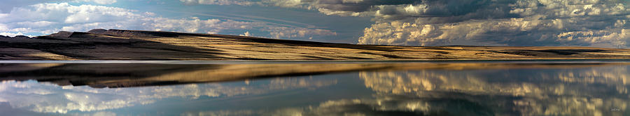 Alkali Lake Photograph - Lake Abert Panoramic by Leland D Howard