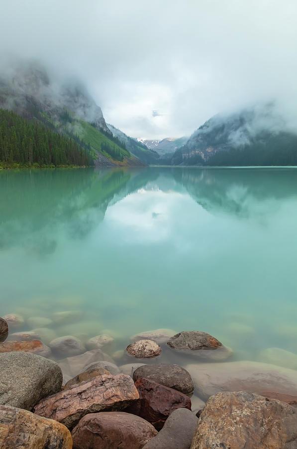 lake louise 2 by Jonathan Nguyen