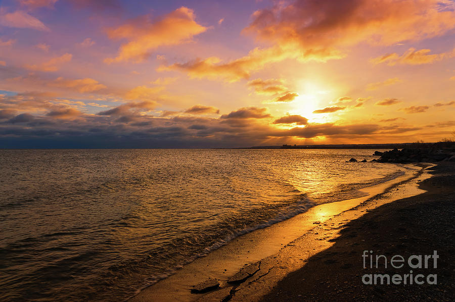 Lake Ontario Colorful Dawn by Rachel Cohen
