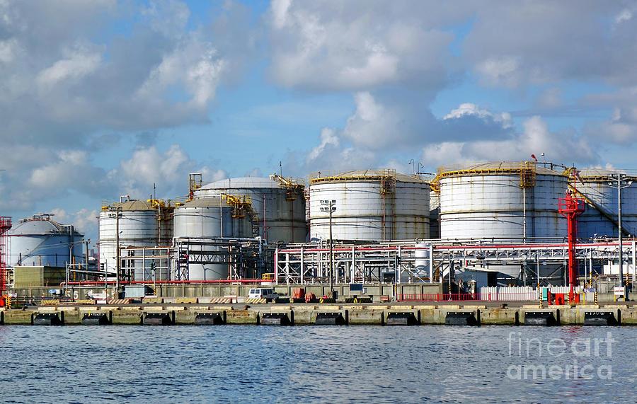 Large Fuel Storage Tanks by Yali Shi