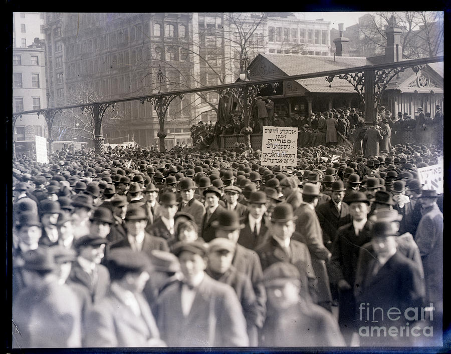 Last Meeting Of Garment Workers Striking Photograph by Bettmann