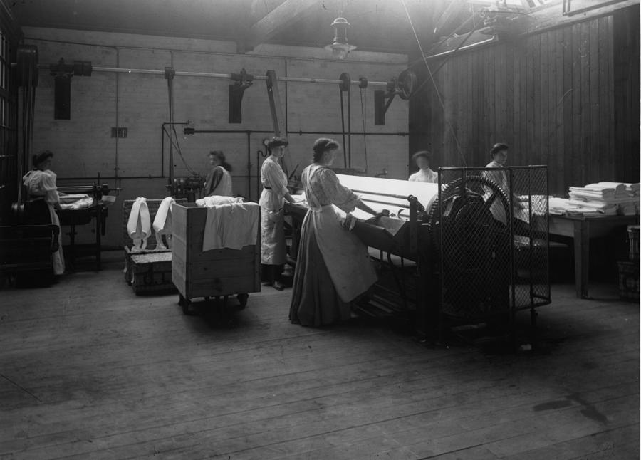 Laundry Photograph by Hulton Archive