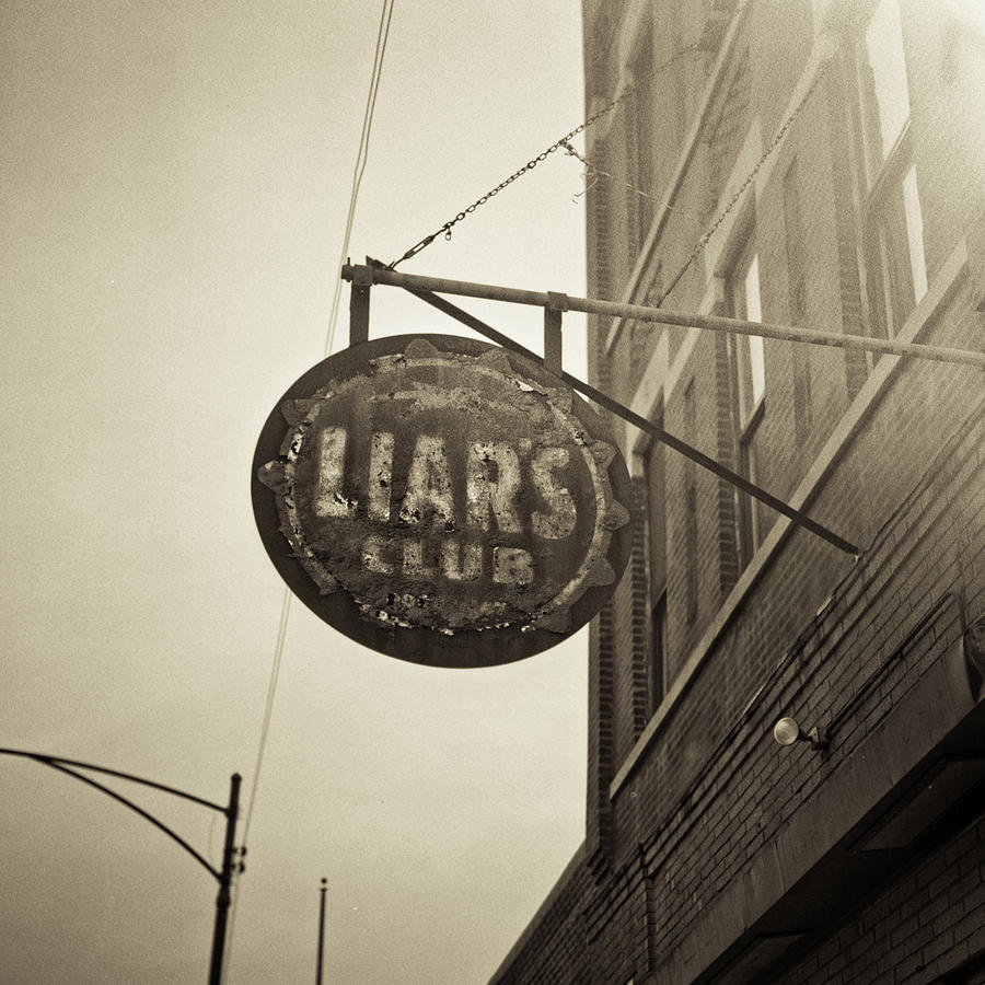 Liars Club Chicago Photograph by T Scott Carlisle