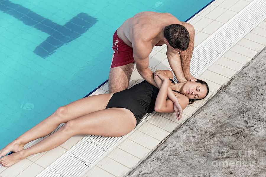 Lifeguard Photograph - Lifeguard Rescue Procedure by Microgen Images/science Photo Library