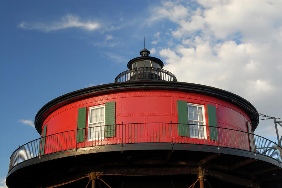 Light House At Baltimore Inner Harbor Photograph by Aimintang