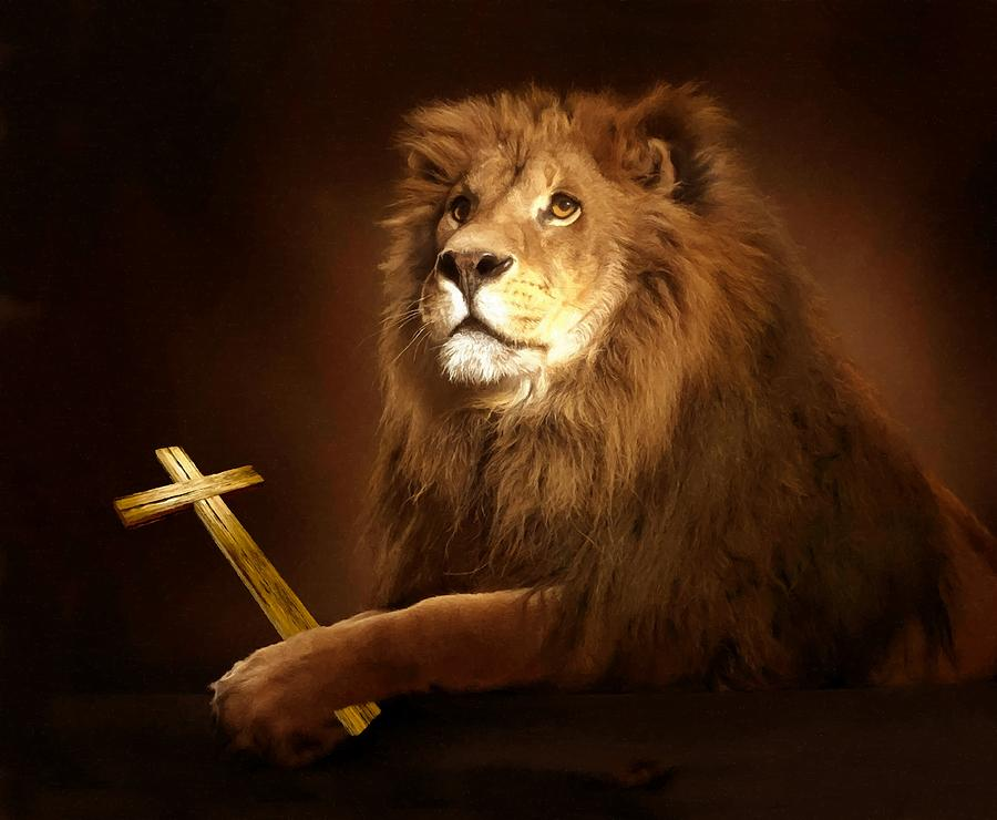 Lion Of Judah Photograph - Lion Of Judah With Cross by Sandi OReilly