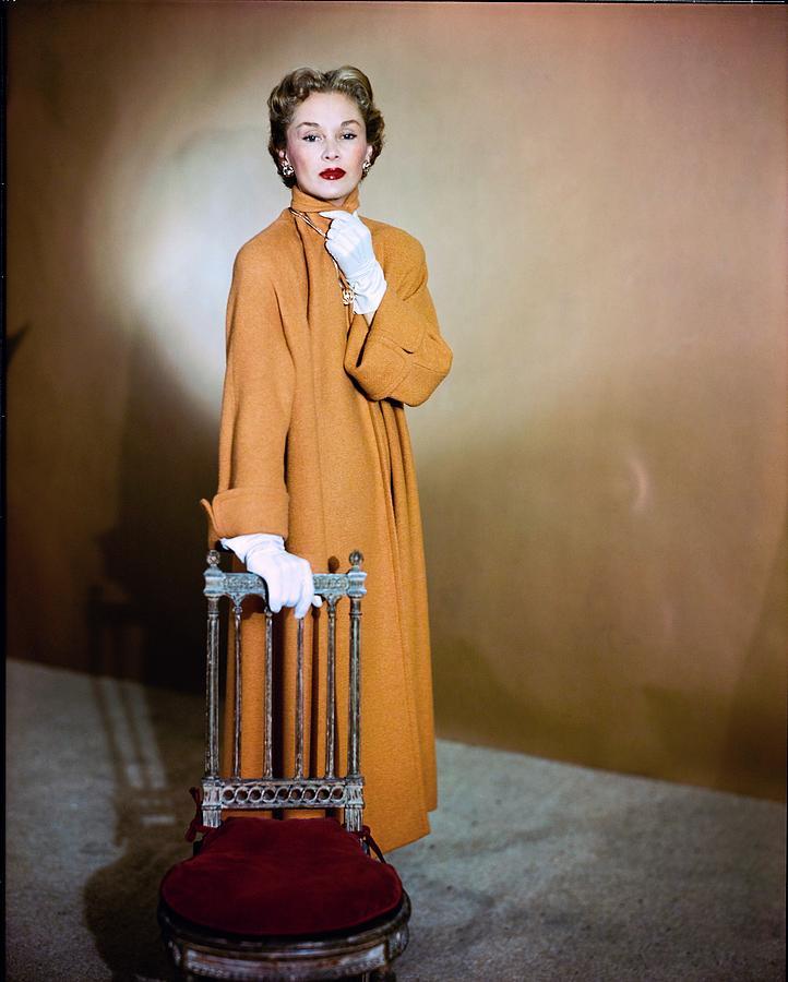 Fashion Photograph - Lisa Fonssagrives Wearing Harry Williams Ltd by Horst P. Horst