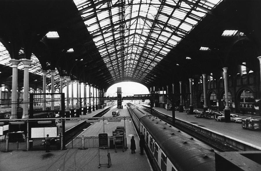 Liverpool St Station Photograph by Evening Standard