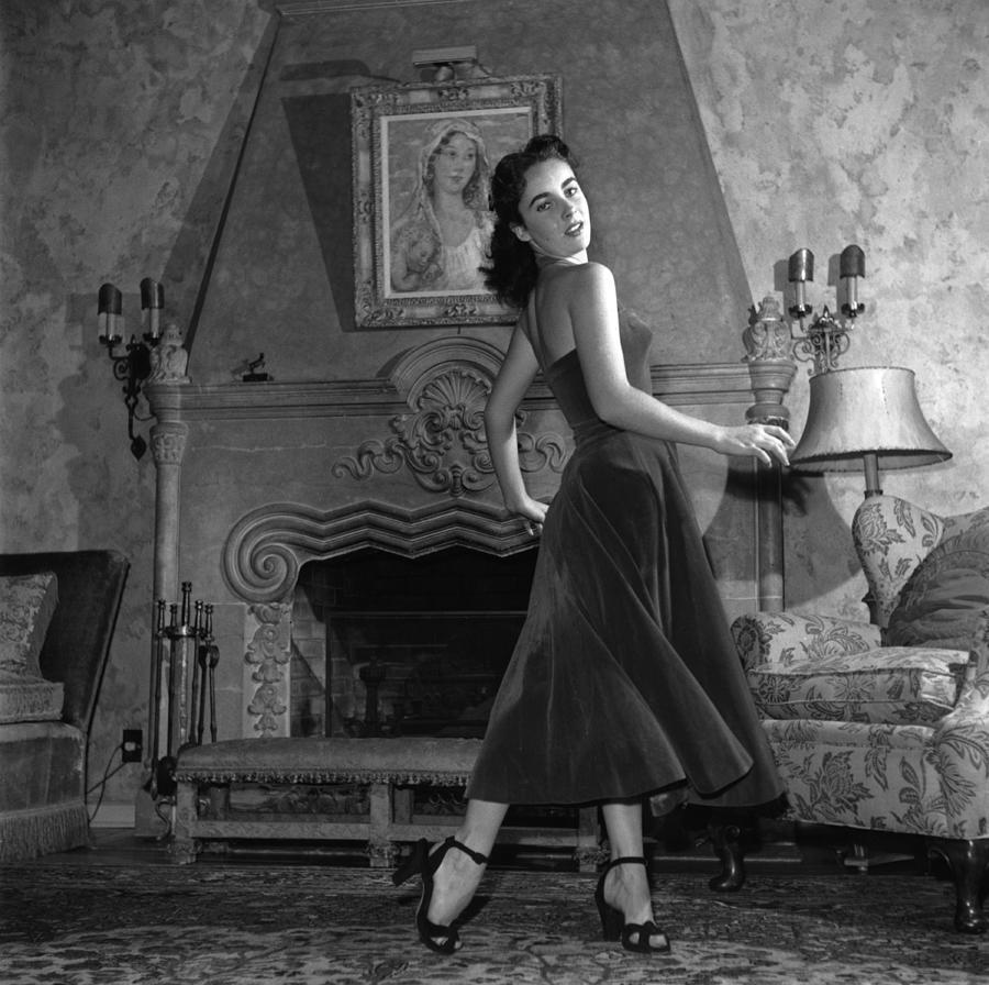 Liz Taylor Photograph by Archive Photos