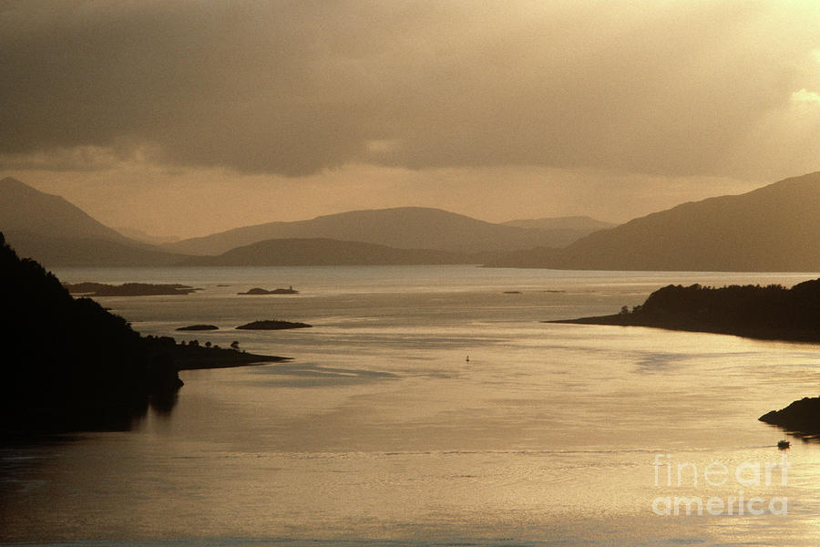 Loch Carron from the Kyle of Lochalsh line, North West Coast of Scotland by Alain Le Garsmeur
