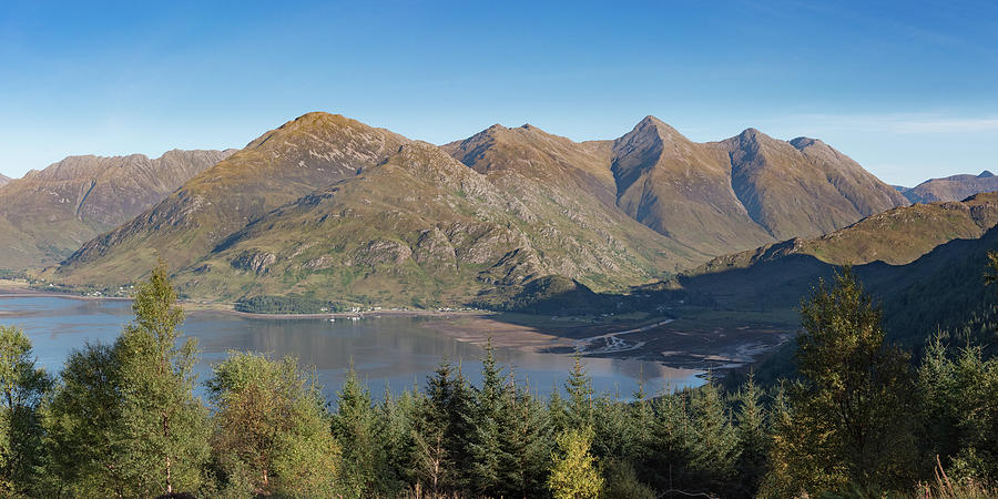 Loch Duich and the Five Sisters of Kintail by Gary Eason