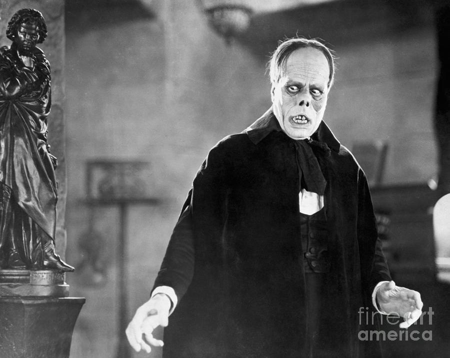 Lon Chaney As Erik, Phantom Of The Opera Photograph by Bettmann