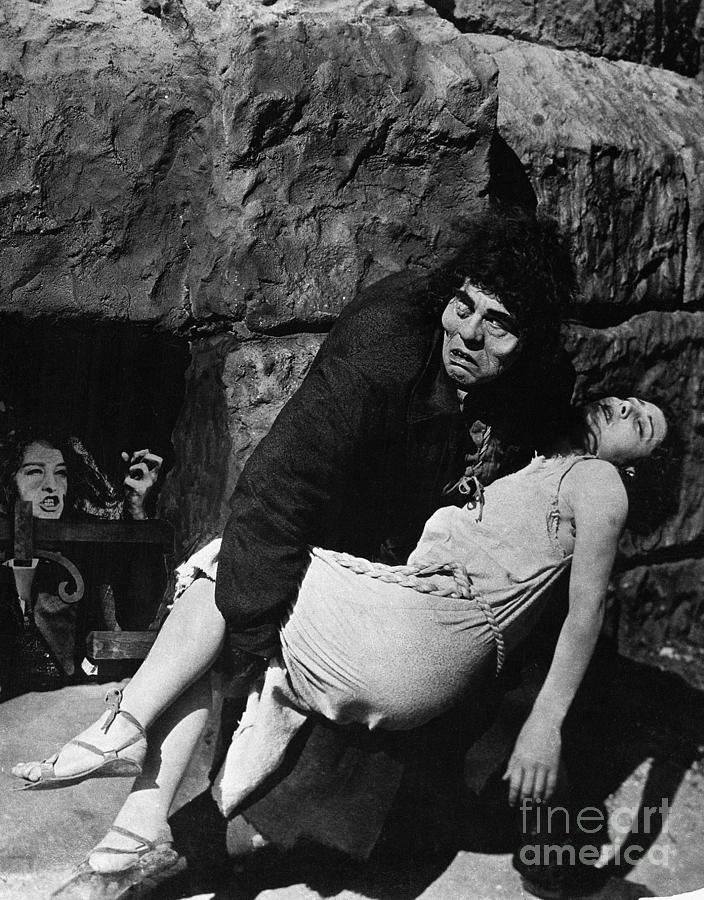 Lon Chaney As Quasimodo In Hunchback Photograph by Bettmann