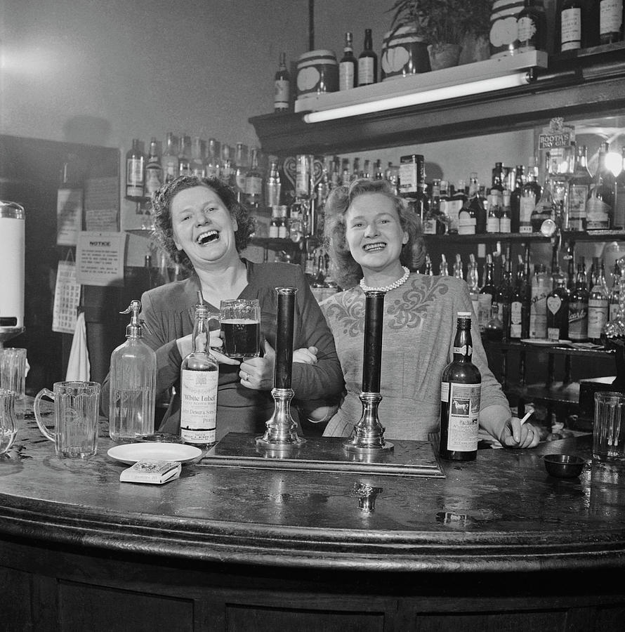 London Barmaids Photograph by Slim Aarons