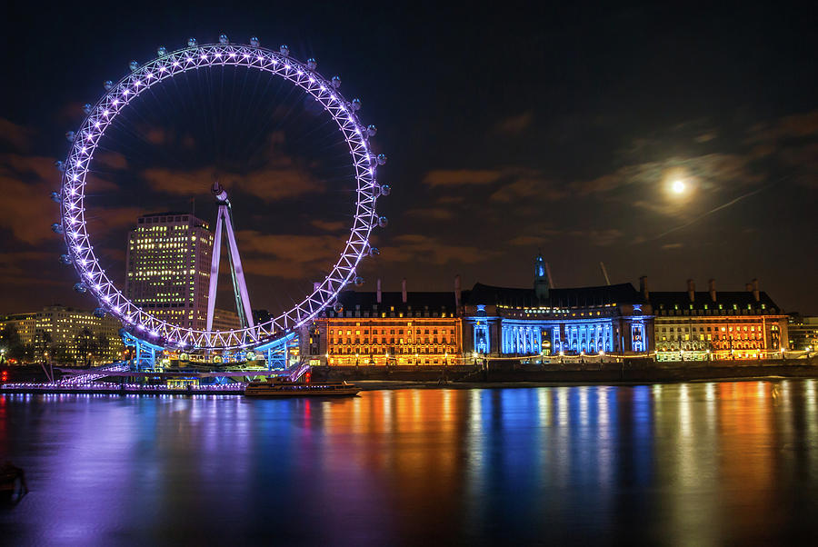 London Photograph - London Eye at Night by David Ross