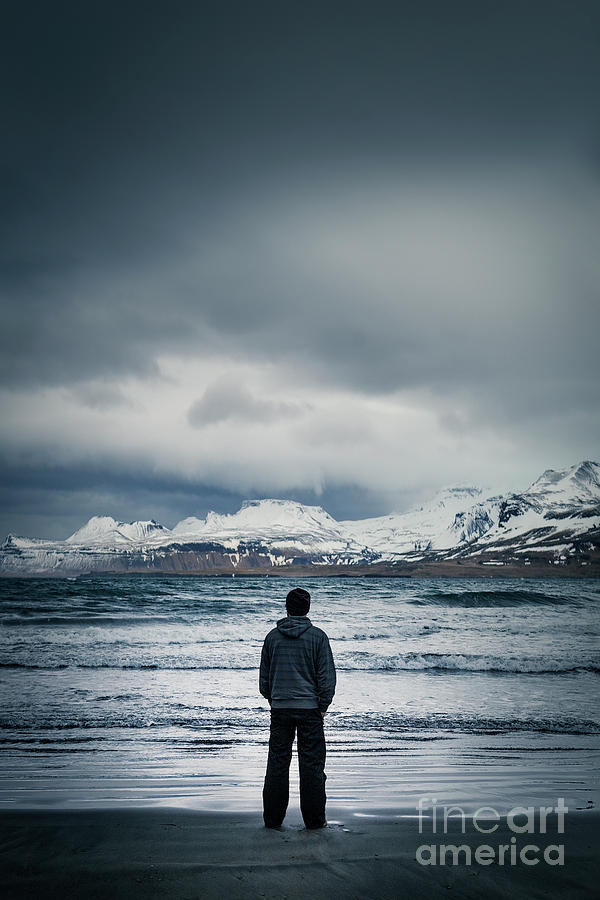 Lonely Seas Photograph