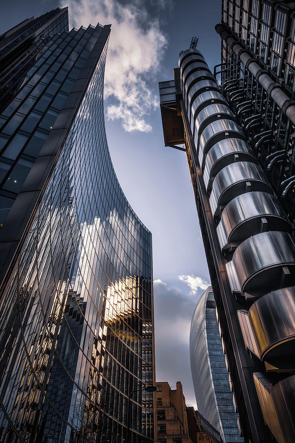 Look Up At Lloyds by Chris Fletcher