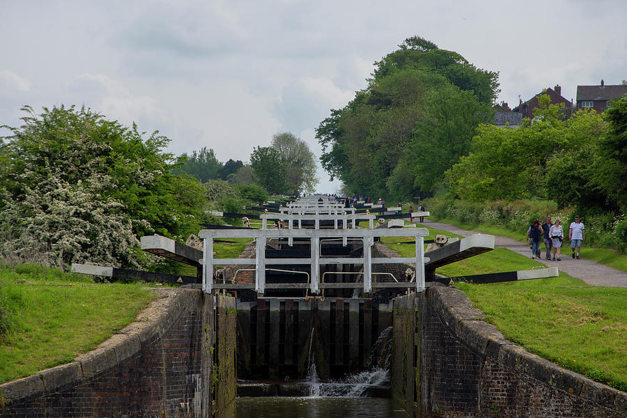 Canal Photograph - Looking Up Caen Hill by Steev Stamford