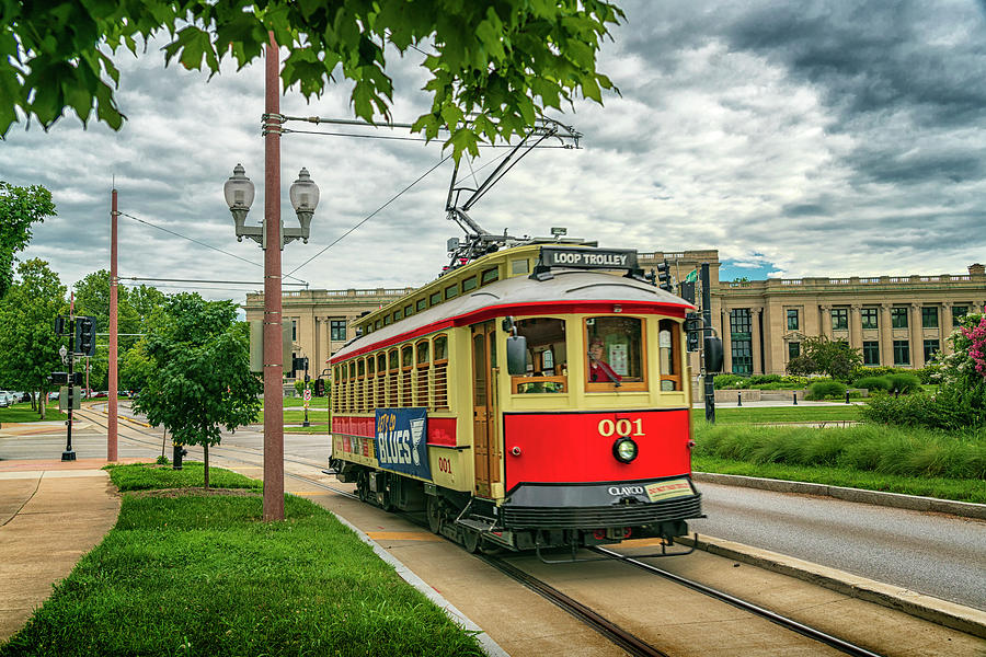 Loop Trolley 001 Forest Park St Louis GRK4937_07112019 by Greg Kluempers