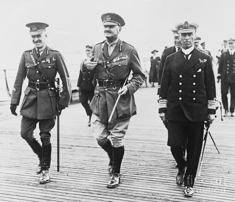 Lord Allenby Welcomed In England Photograph by Bettmann