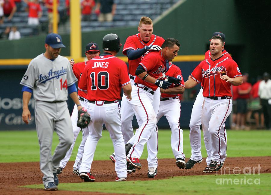 Los Angeles Dodgers V Atlanta Braves Photograph by Joe Murphy