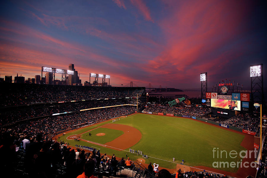 Los Angeles Dodgers V San Francisco Photograph by Ezra Shaw