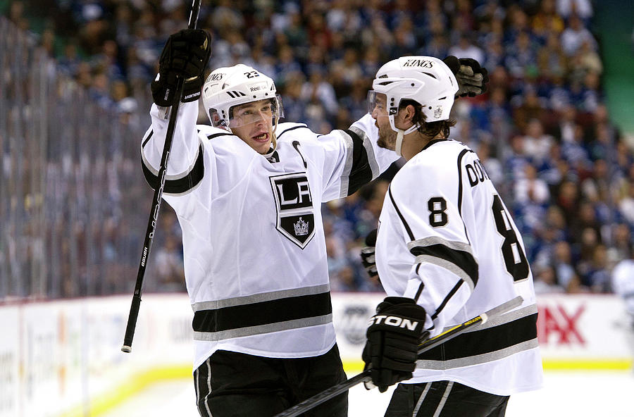 Los Angeles Kings V Vancouver Canucks - Photograph by Rich Lam