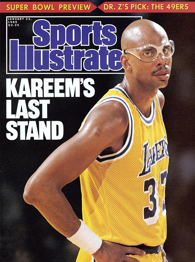Los Angeles Lakers Kareem Abdul-jabbar Sports Illustrated Cover Photograph by Sports Illustrated
