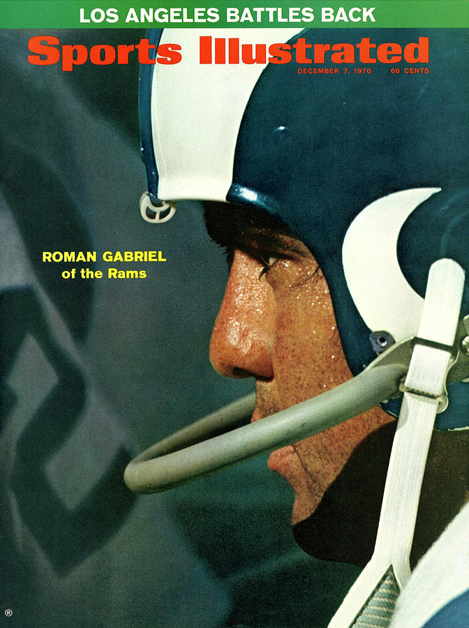 Los Angeles Rams Qb Roman Gabriel Sports Illustrated Cover Photograph by Sports Illustrated