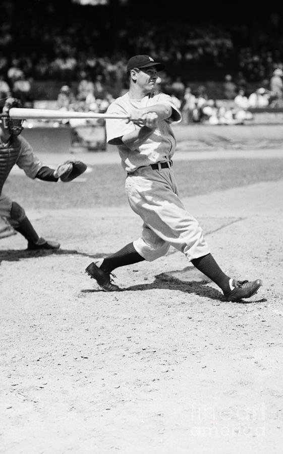 Lou Gehrig At Bat In Yankee Stadium Photograph by Bettmann