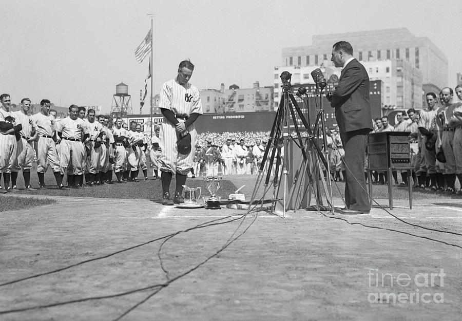 Lou Gehrig Day At Yankee Stadium Photograph by Bettmann