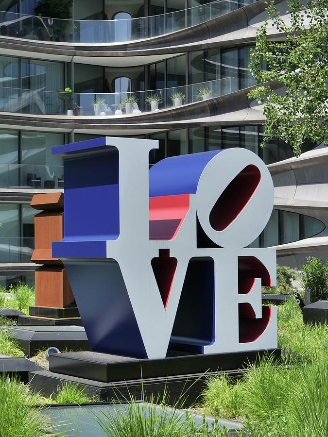 Love Sculpture - The High Line Photograph