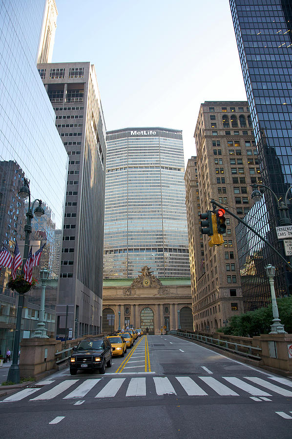Lower Park Avenue, Grand Central Photograph by Barry Winiker