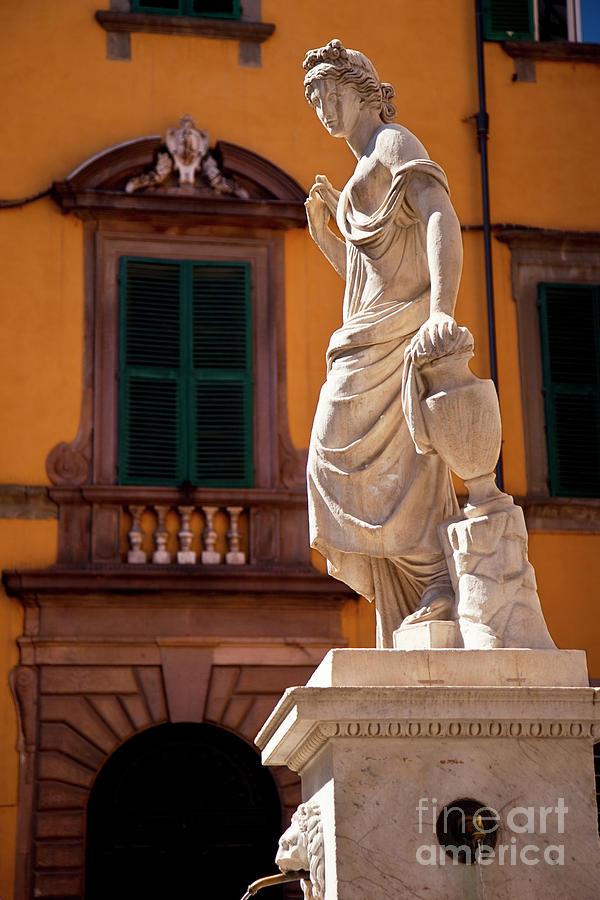 Lucca Water Fountain by Brian Jannsen