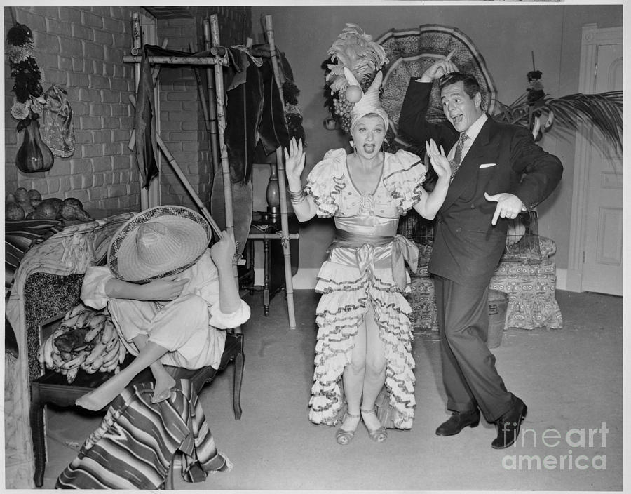 Lucille Ball And Desi Arnaz In I Love Photograph by Cbs Photo Archive