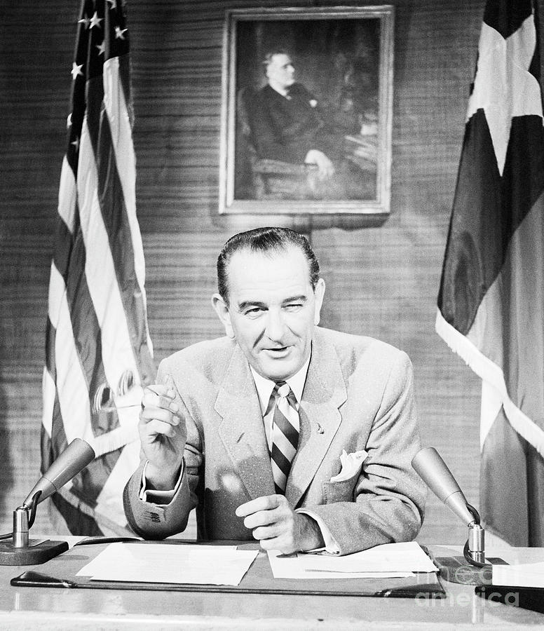 Lyndon B. Johnson Photograph by Bettmann