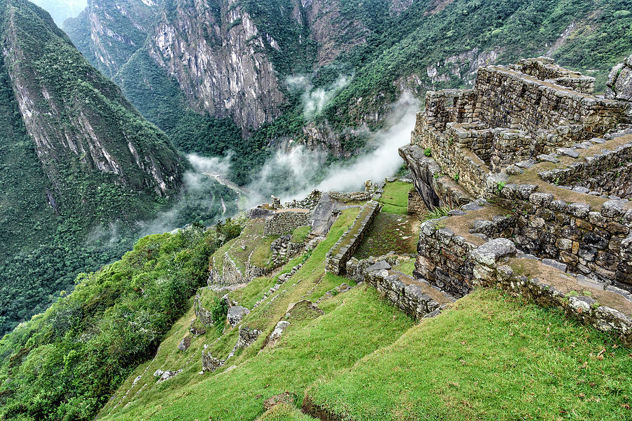 Machu Picchu by Jon Exley