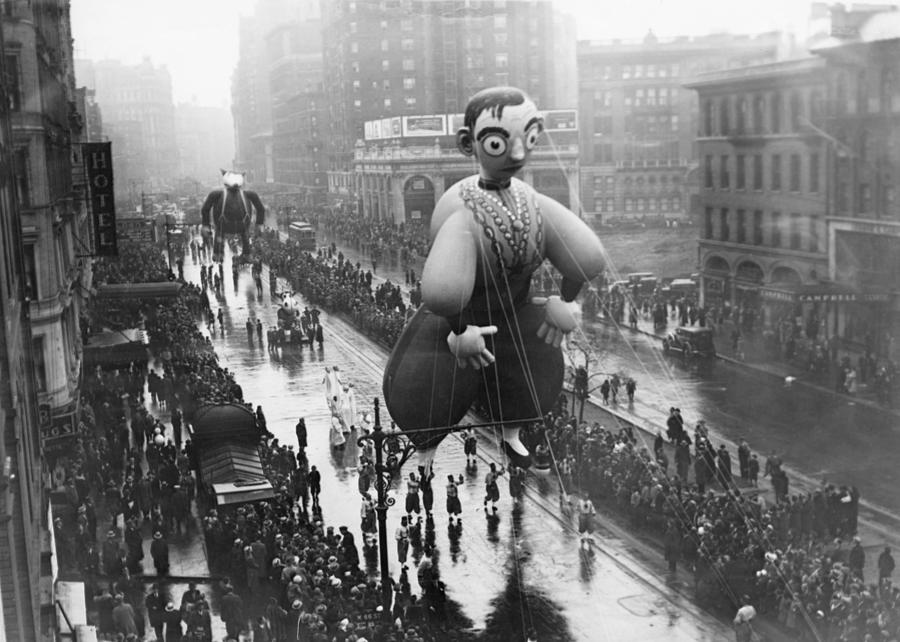Macys Thanksgiving Day Parade Photograph by Fpg