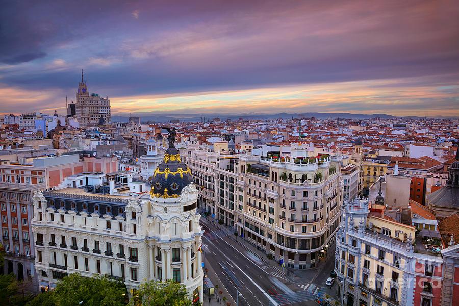 Boulevard Photograph - Madrid Cityscape Image Of Madrid by Rudy Balasko