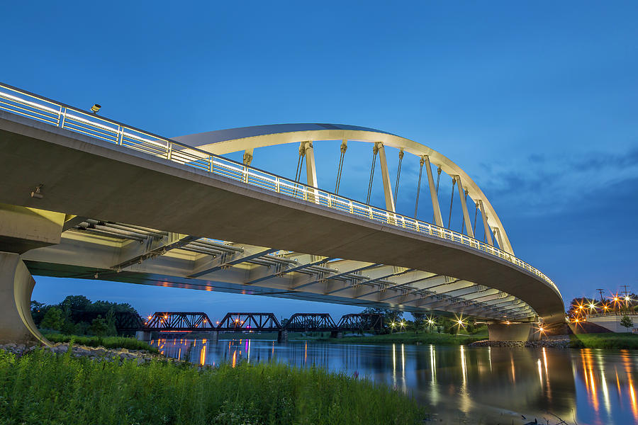 Main Street Bridge, Columbus, Oh Photograph