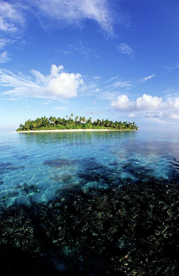 Maldives, Southern Atolls, Huvadhu Photograph by Tropicalpixsingapore