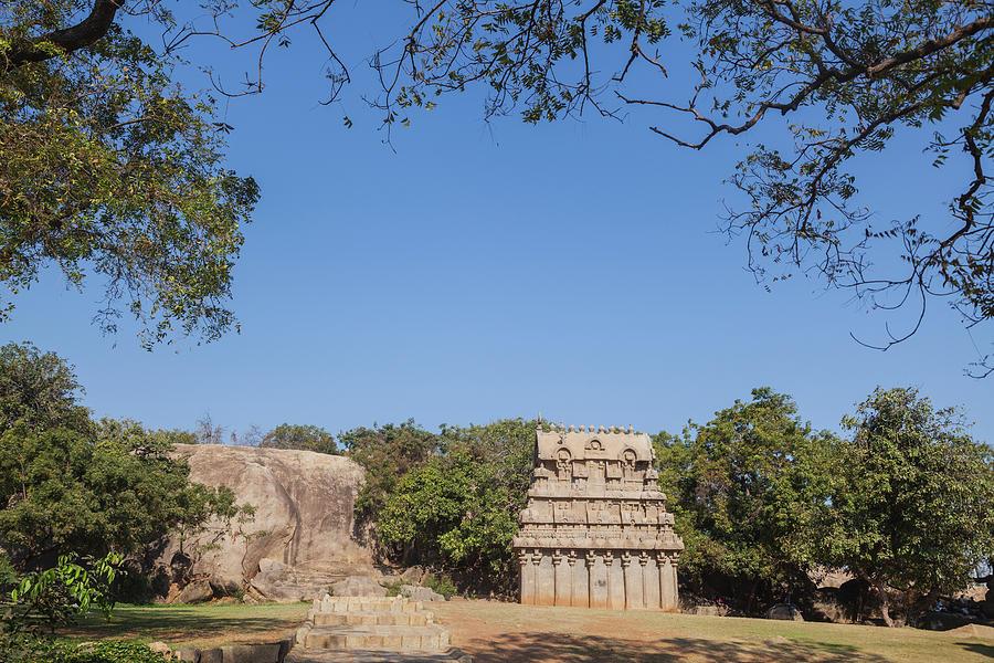Mamallapuram, Ganesha Ratha by Maria Heyens