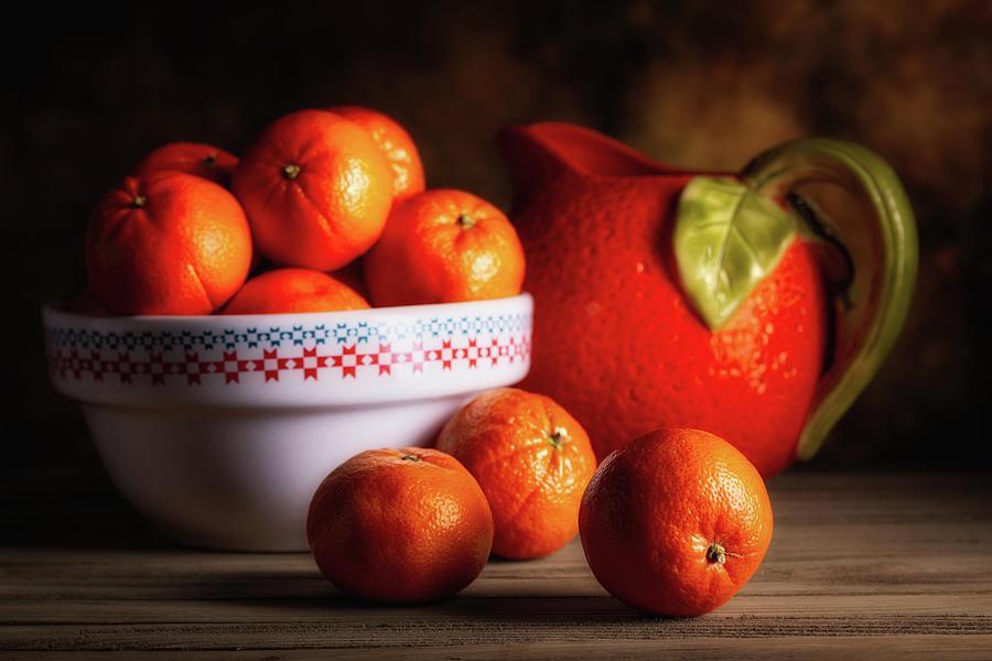 Oranges Photograph - Mandarin Oranges And Orange Shaped Pitcher by Tom Mc Nemar