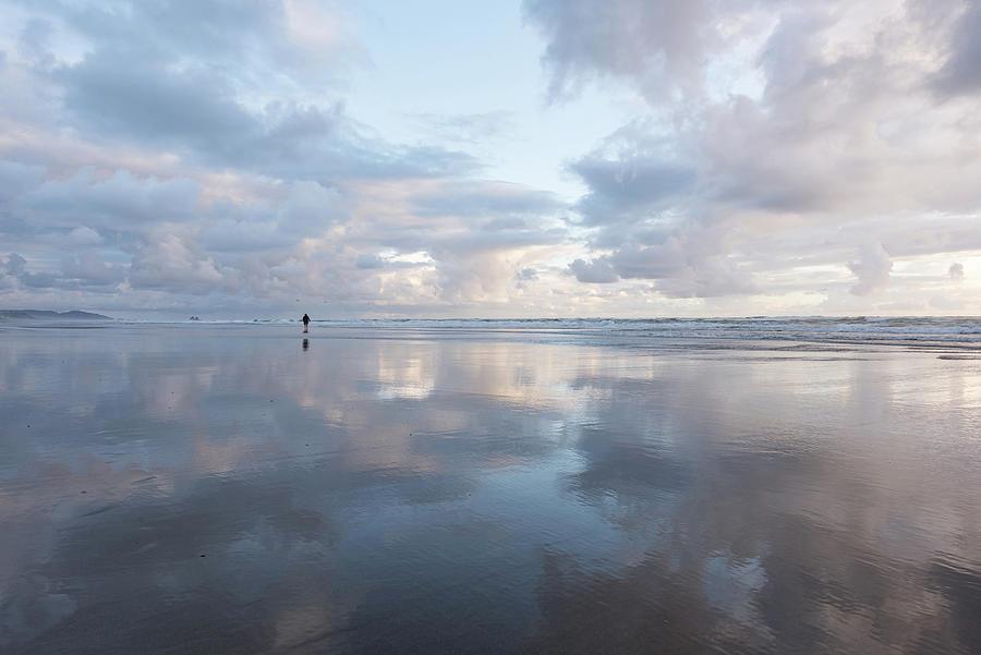 Manhattan Beach, Oregon by Johanna Froese
