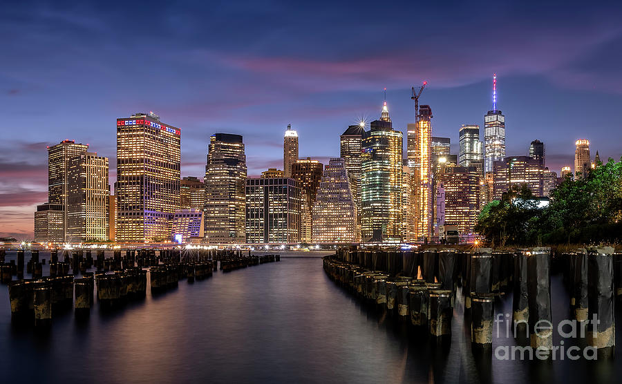 Manhattan skyline by Hernan Bua