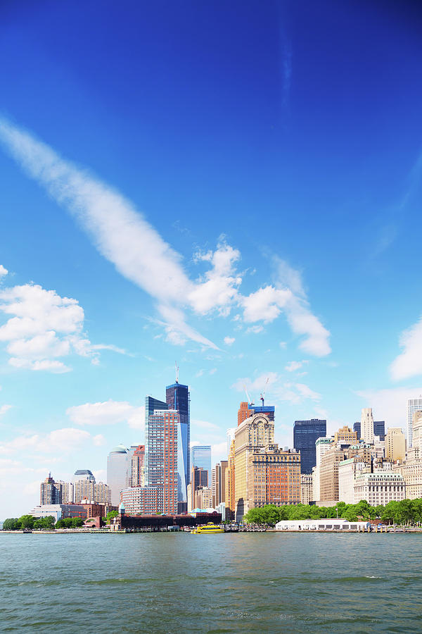 Manhattan Skyline, New York Photograph by Tomml