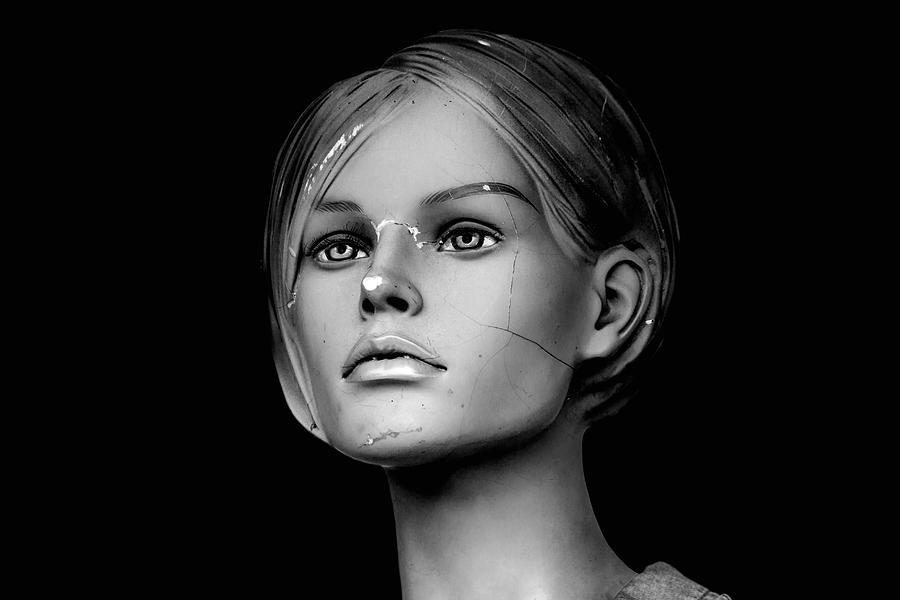 Mannequin head by Bob Duncan