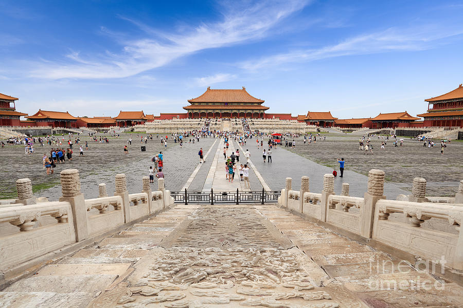 Capital Photograph - Many Tourists In The Forbidden City by Chuyuss